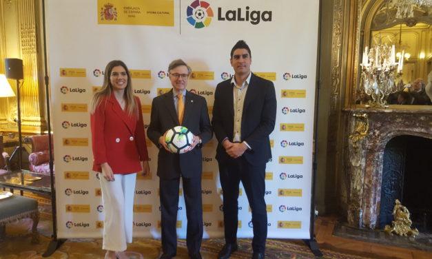 «Autour du foot il y a beaucoup plus que les 90 minutes» N. García Hemme (LaLiga)