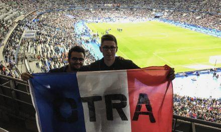 Ces deux supporters ont fait le tour d'Europe des stades. Voici leur histoire…